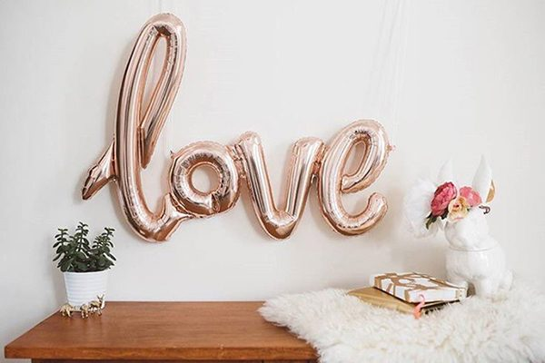 Rose-gold-love-balloon-featured