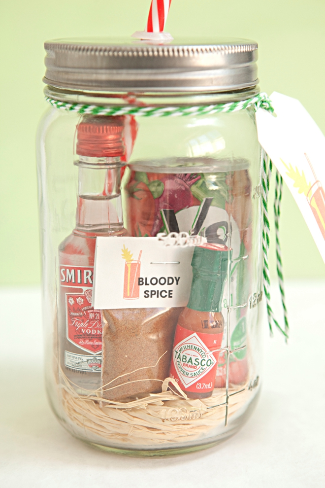 Make Your Own Mason Jar Bloody Mary Gift Spice Mix