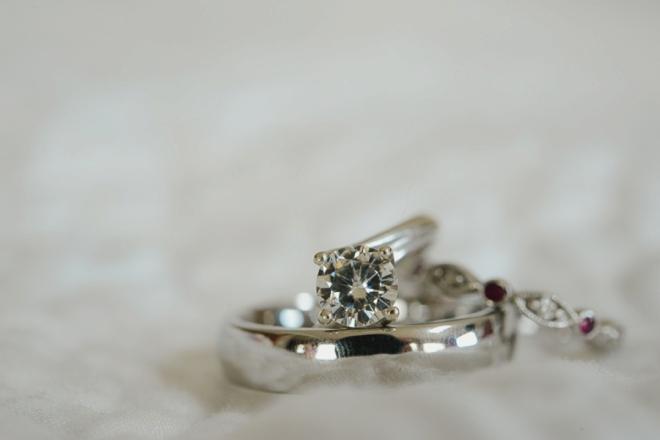 Beautiful engagement ring from Rosados Box