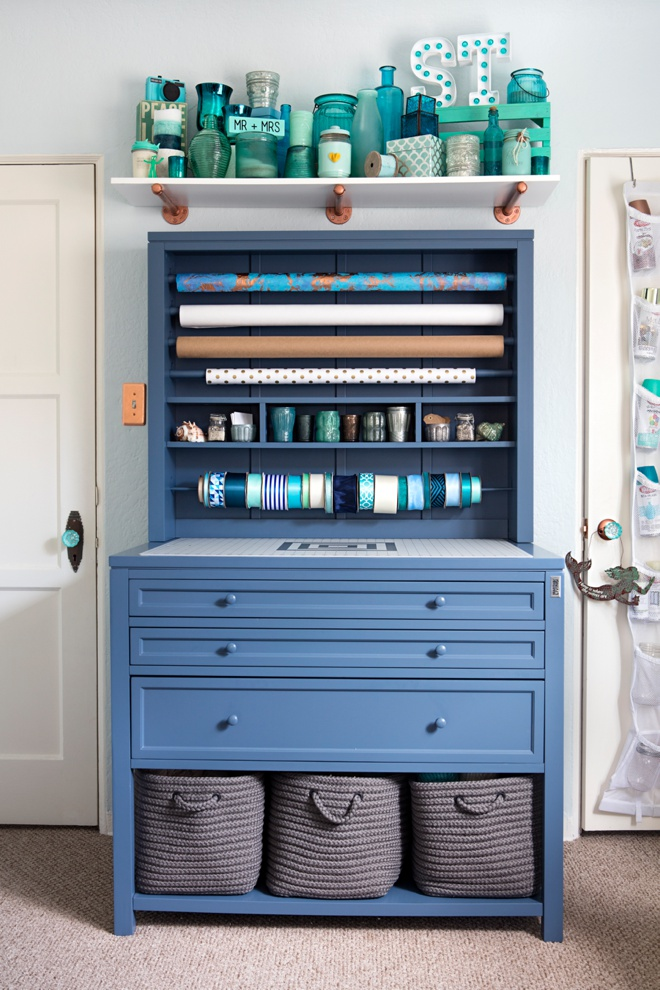 Check out jen from something turquoise 39 s new craft room for Martha stewart craft organizer
