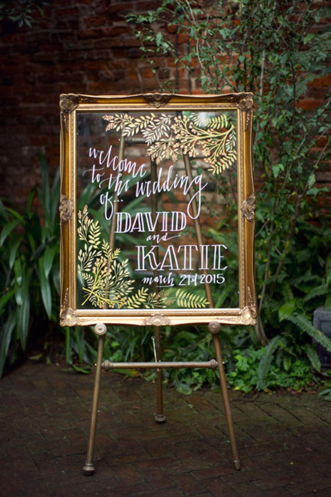 20 of the best wedding ceremony aisle signs ever