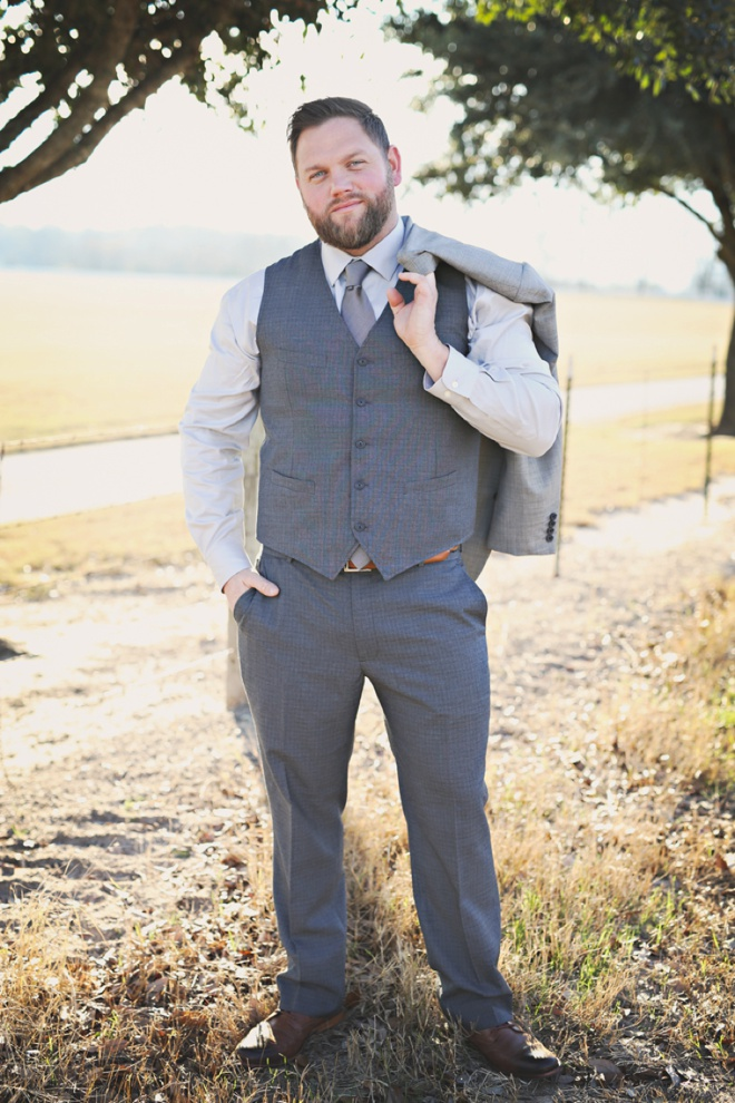 All gray groom style.