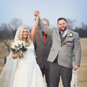 Gorgeous-DIY-winter-wedding-Morgan-Gauntt-Photography_featured