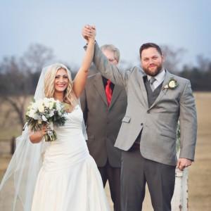 Gorgeous-DIY-winter-wedding-Morgan-Gauntt-Photography_featured