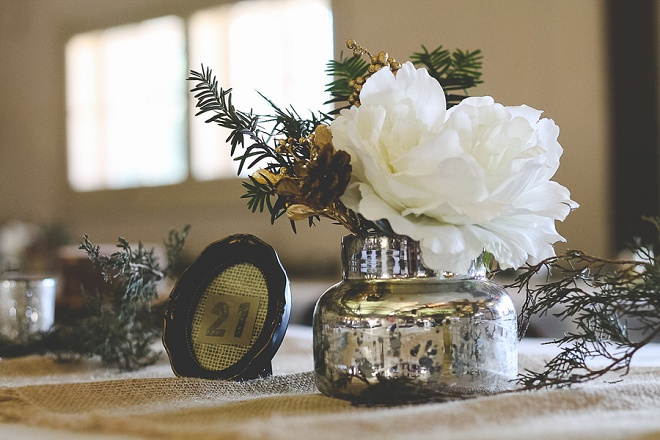Love these rustic DIY wedding details!