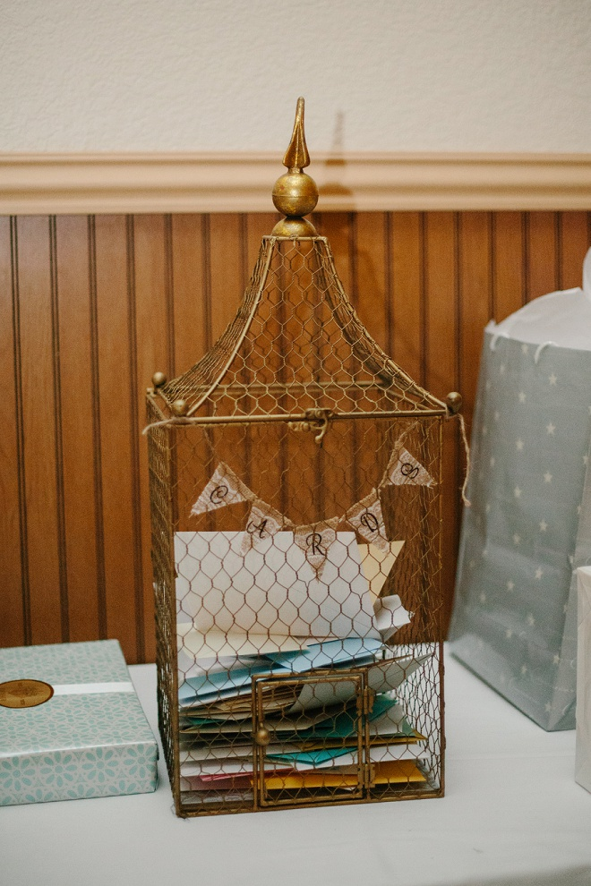 We love this birdcage card holder!