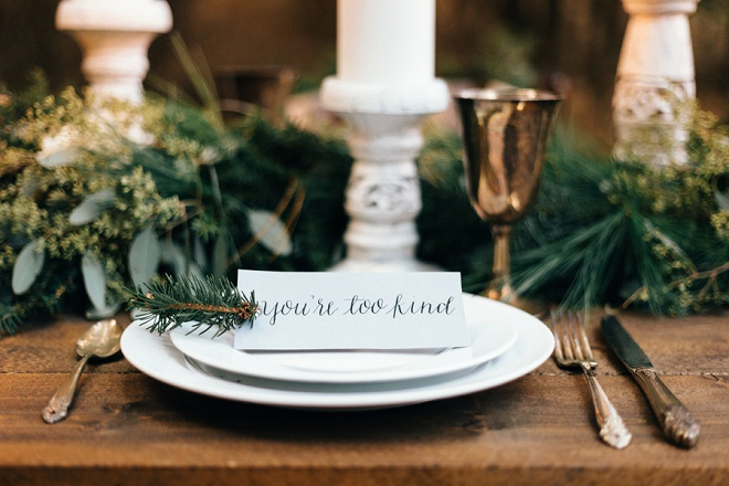 We love this darling cozy holiday place setting!