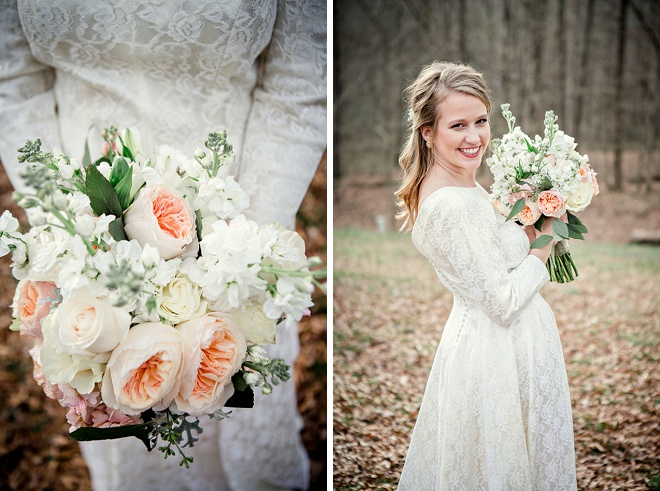 We're dying over this Bride's gorgeous bouquet and vintage wedding dress!