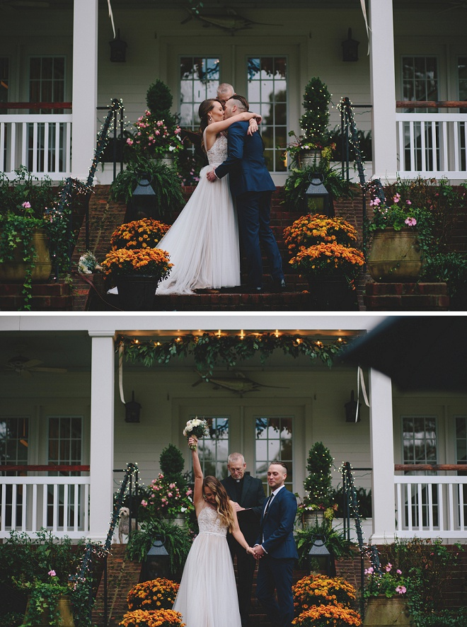 How darling is this front porch wedding ceremony?! Swoon!