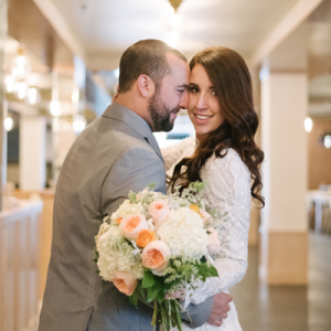 We love this gorgeous geometric DIY wedding!