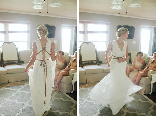 Love this gorgeous boho wedding dress!