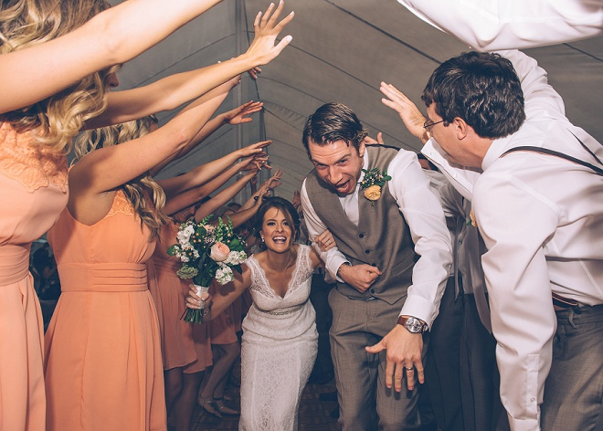 We love this fun barn wedding! Such gorgeous details throughout!