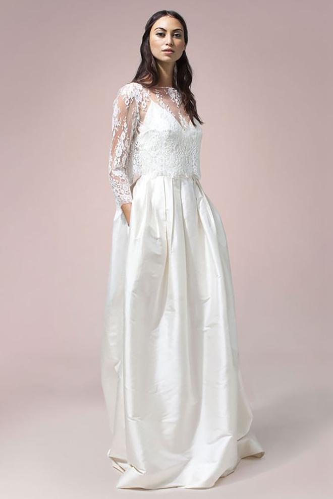 This RUE DE SEINE convertible wedding dress is amazing!