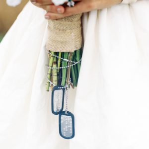 Dogtags-on-wedding-bouquet-featured