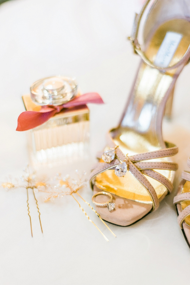 How gorgeous are this Bride's details for her big day? Love!