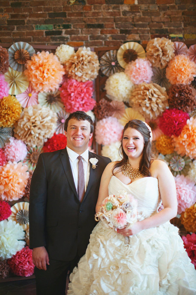 Loving this bright and fun paper and geometric backdrop!