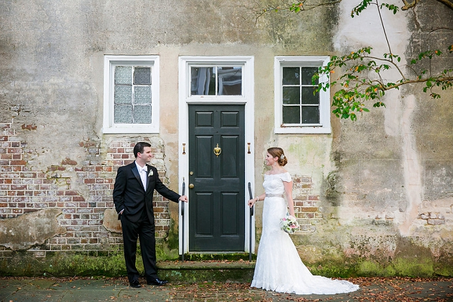 We're swooning over this classic Charleston wedding!