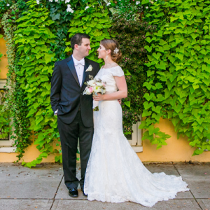 We love this charming Charleston wedding!