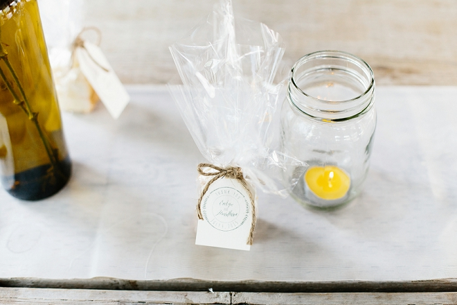 Such a fun idea to incorporate their traditions than a Danish treat wedding favor!