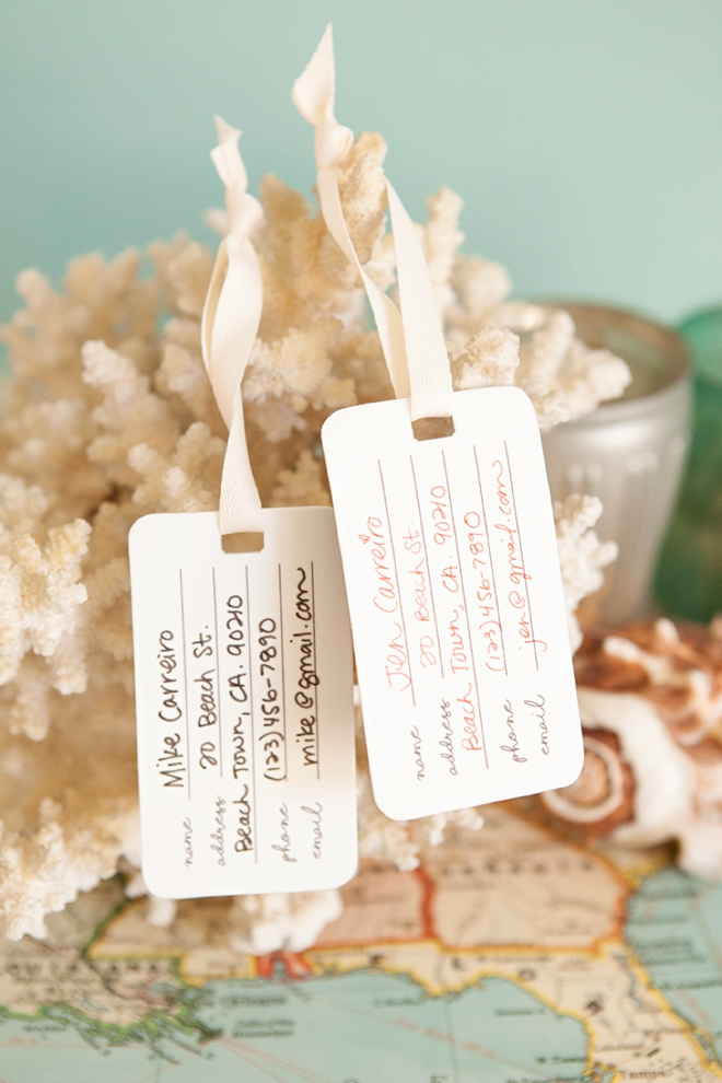 Check out these adorable DIY shrinky dink luggage tags - with free printables!