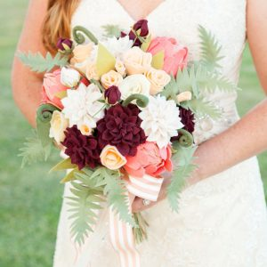 ST-DIY-Felt-Flower-Wedding-Bouquet_featured