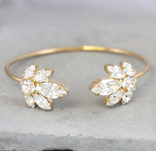 We're swooning over this gorgeous crystal cuff!