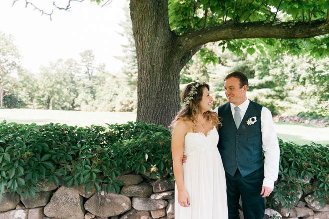 We're in love with this gorgeous couple and their fourth of July wedding!