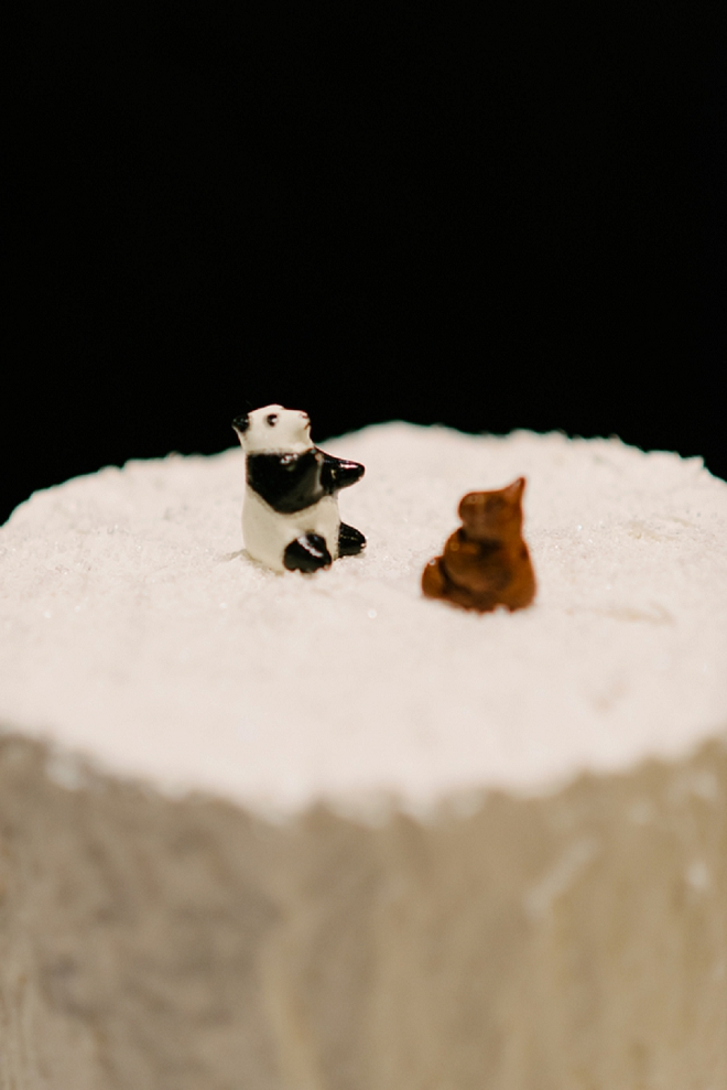 How cute are these cake toppers?! LOVE!