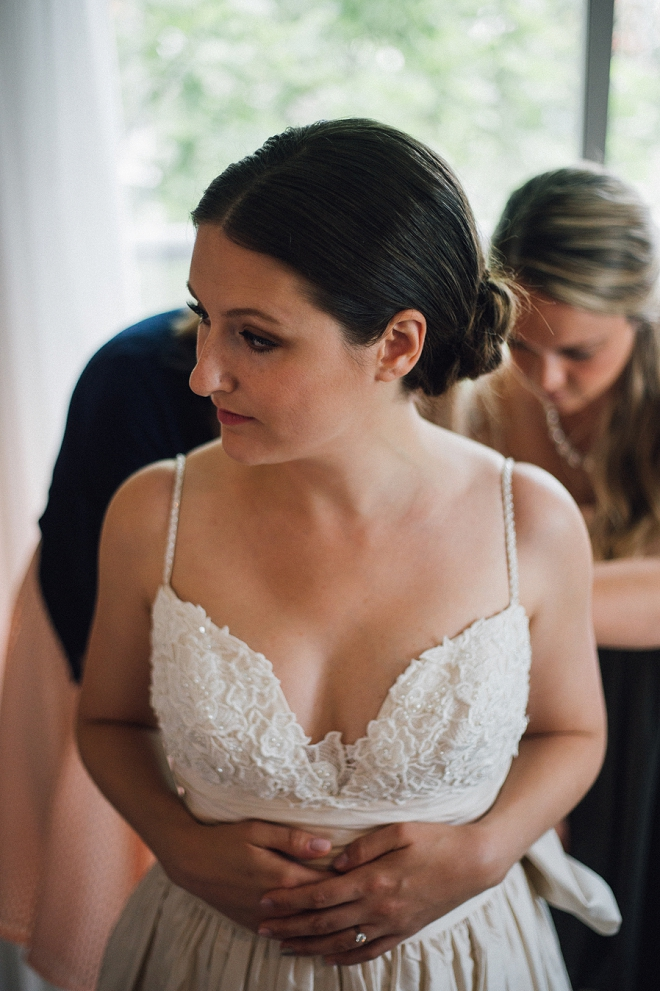 Swooning over this gorgeous Bride and her intimate backyard wedding!