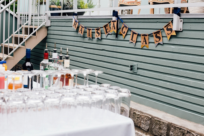 We are in LOVE with this stunning backyard wedding and DIY darling drink bar!