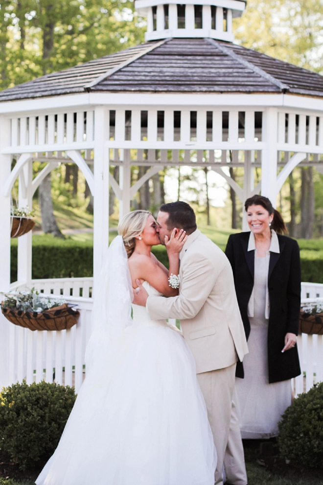 Swooning over this couple's super sweet ceremony and first kiss!