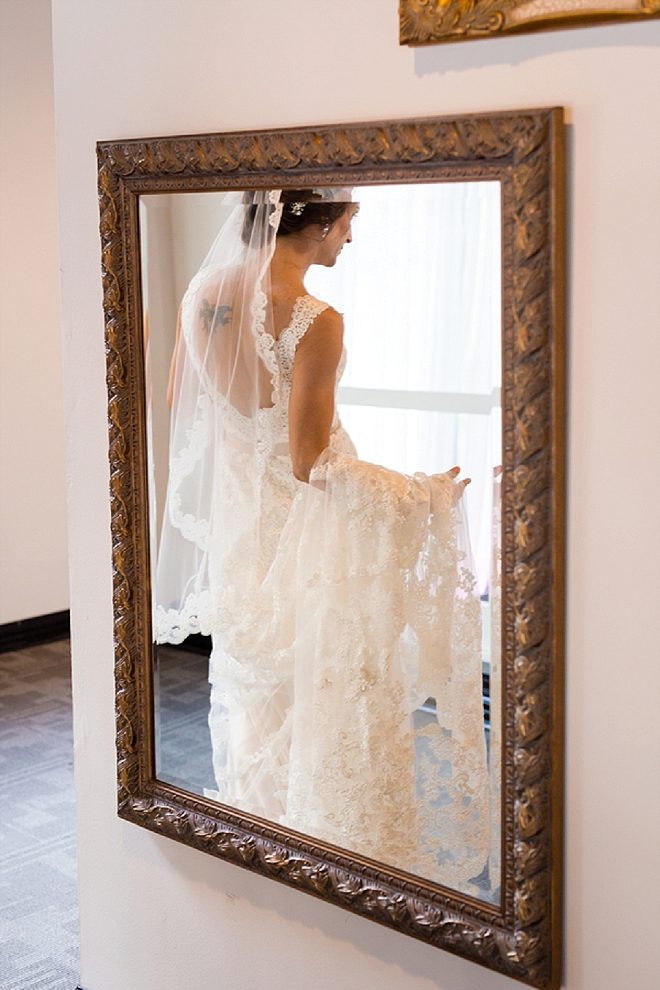 Such a stunning snap of this Bride in her dress before the first look!