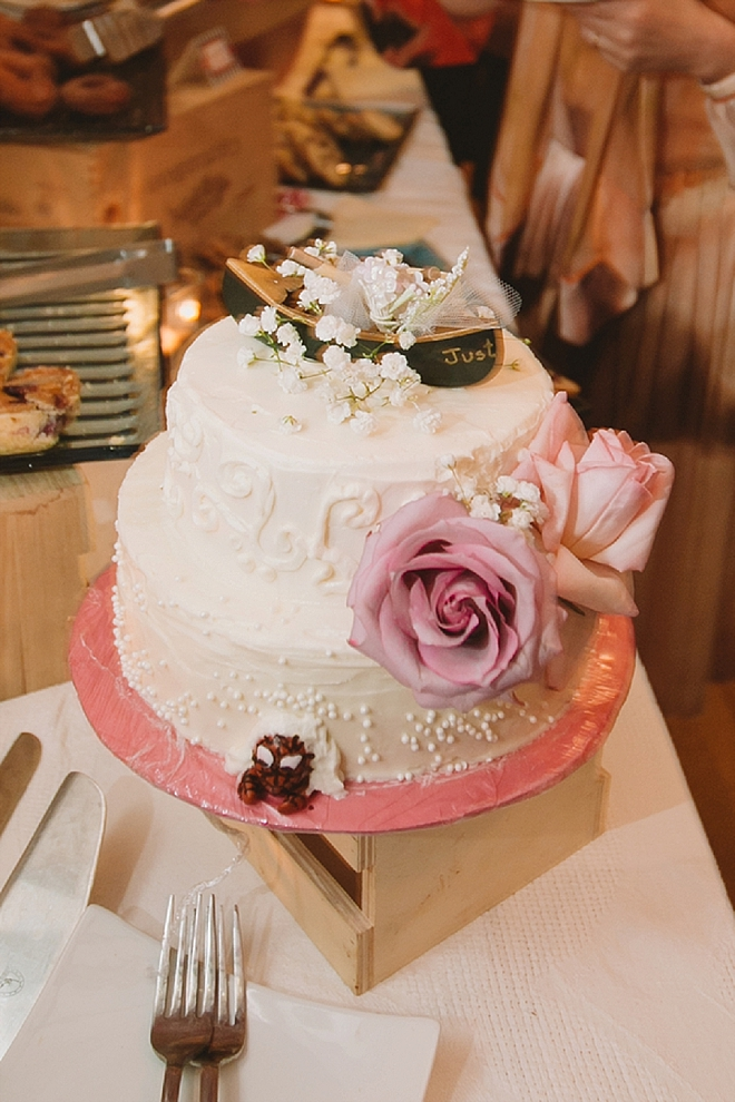We love this darling cut cake!