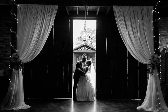 We are in LOVE with these stunning photos of the new Mr. and Mrs!