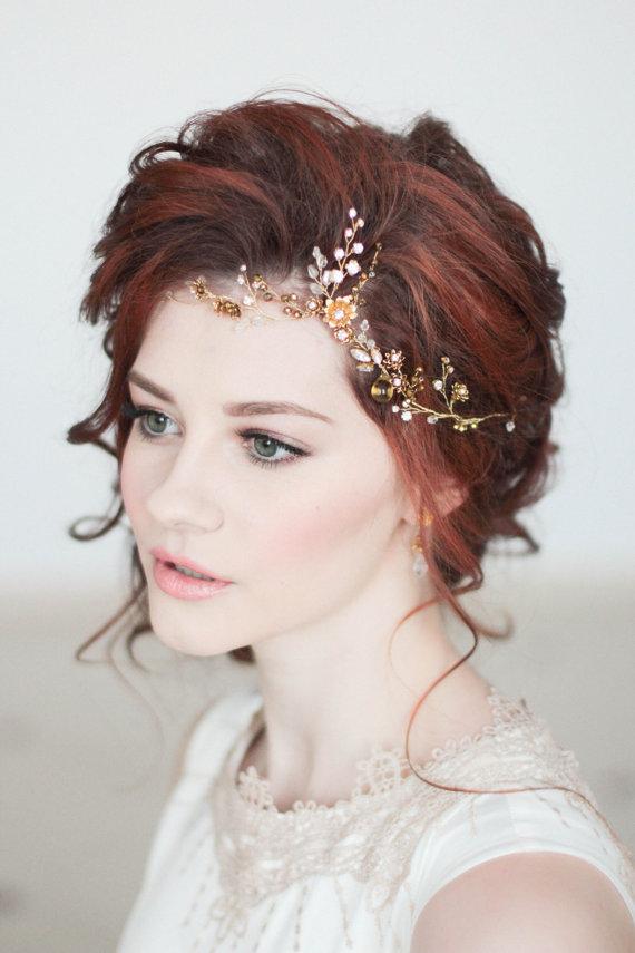 I love the softness of this feminine bridal makeup!
