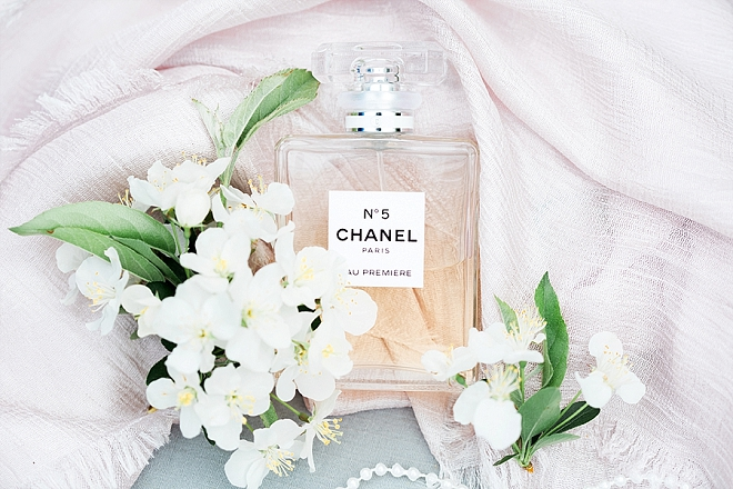 We LOVE a signature wedding day fragrance!