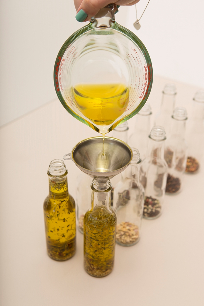 Learn How Easy It Is To Infuse Your Own Olive Oil As Gifts