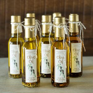 st-diy-infused-olive-oil-favors_featured