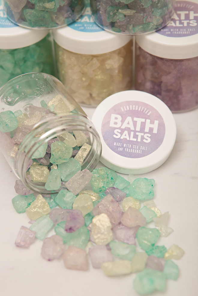 Learn how to make these gorgeous, sparkling bath salts as gifts!