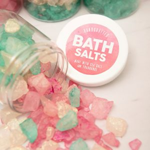 st-diy-giant-bath-salt-favor-gifts_featured