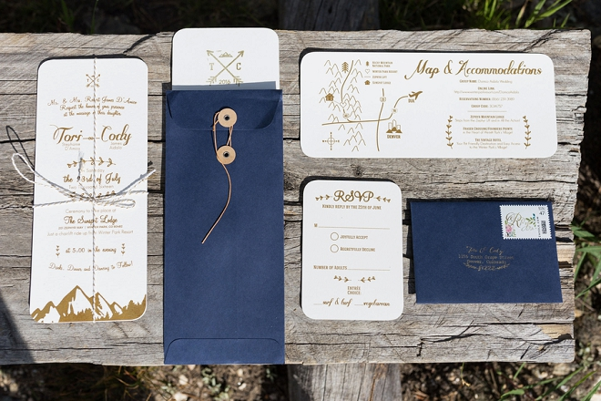 The Bride DIY'd this gorgeous invitation set perfect for her Colorado wedding!