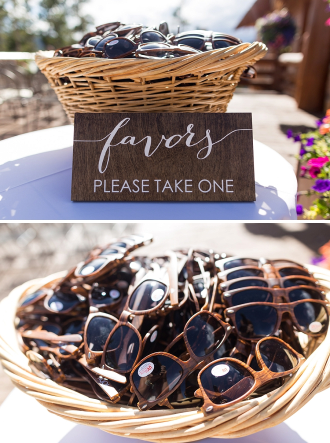We love this couple's darling sunglass wedding favors perfect for their mountainside wedding!