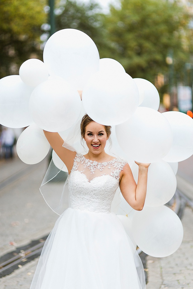 We love this gorgeous Bride and her stunning balloon portraits!