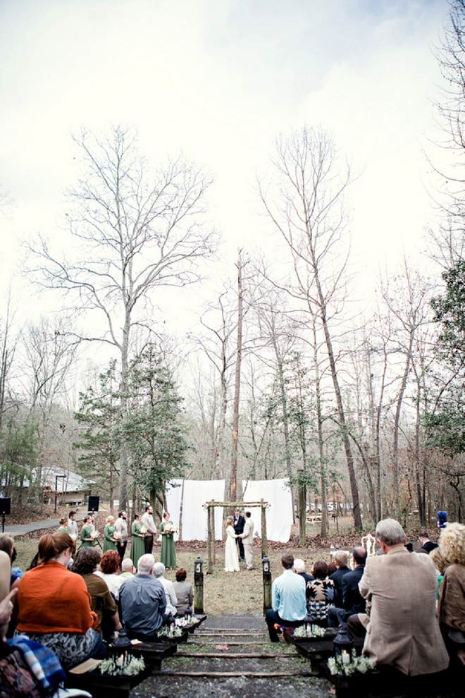 We love this forest wedding ceremony!