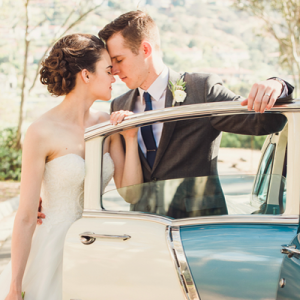 We are crazy in LOVE with this dreamy wedding!