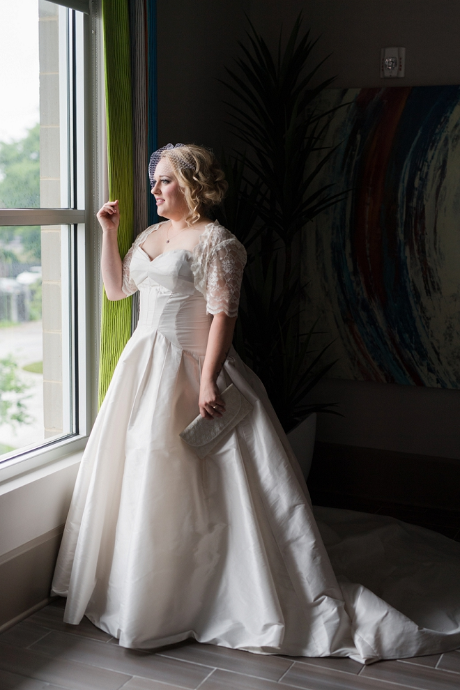 We love this snap of the stunning bride before the first look!