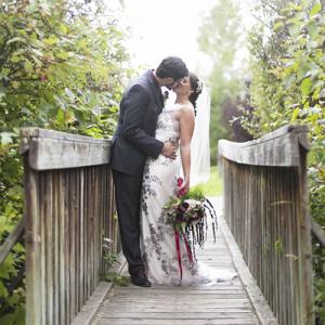 How stunning is this uber romantic wedding?! LOVE!
