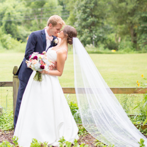 We're crushing on this darling couple's handmade day!