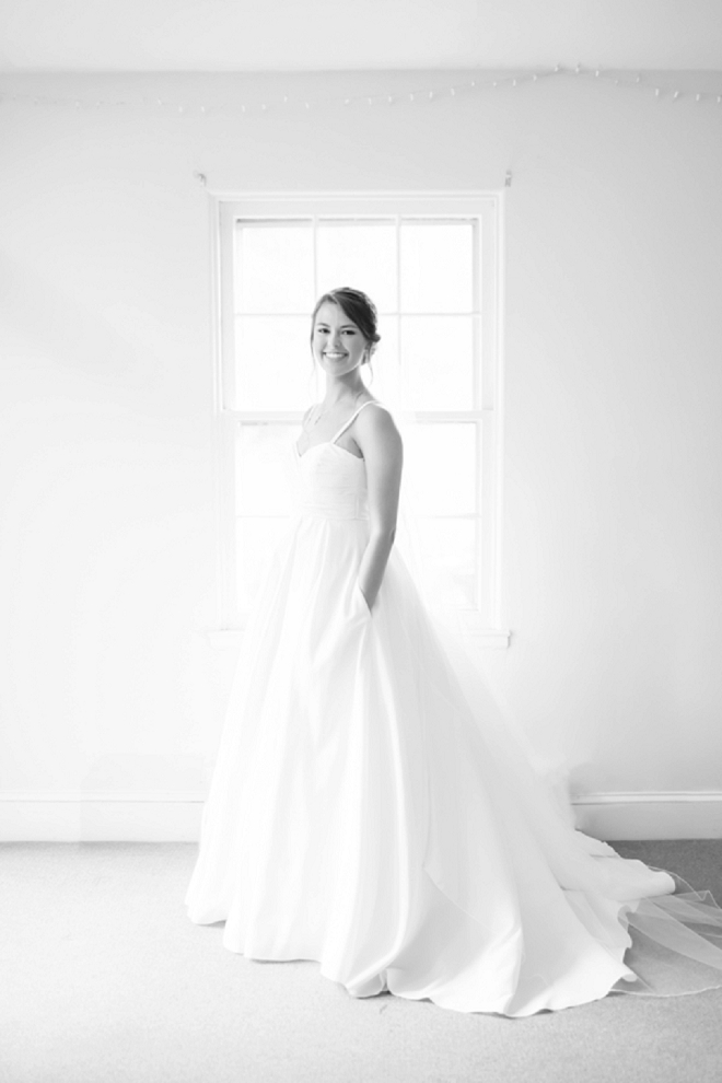 We love this beautiful Bride's wedding day style!