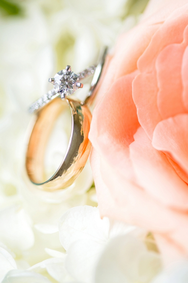 We're swooning over this super sparkly ring shot!